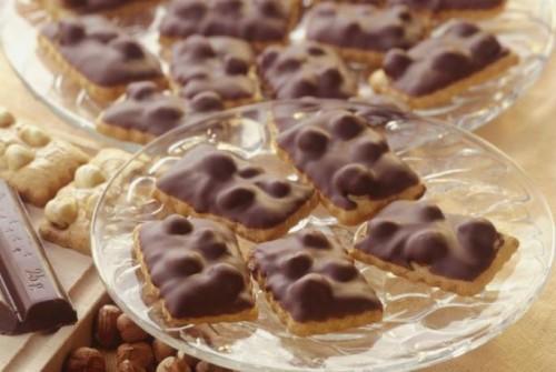 Csokolades-mogyoros-amerikai-keksz-500x335