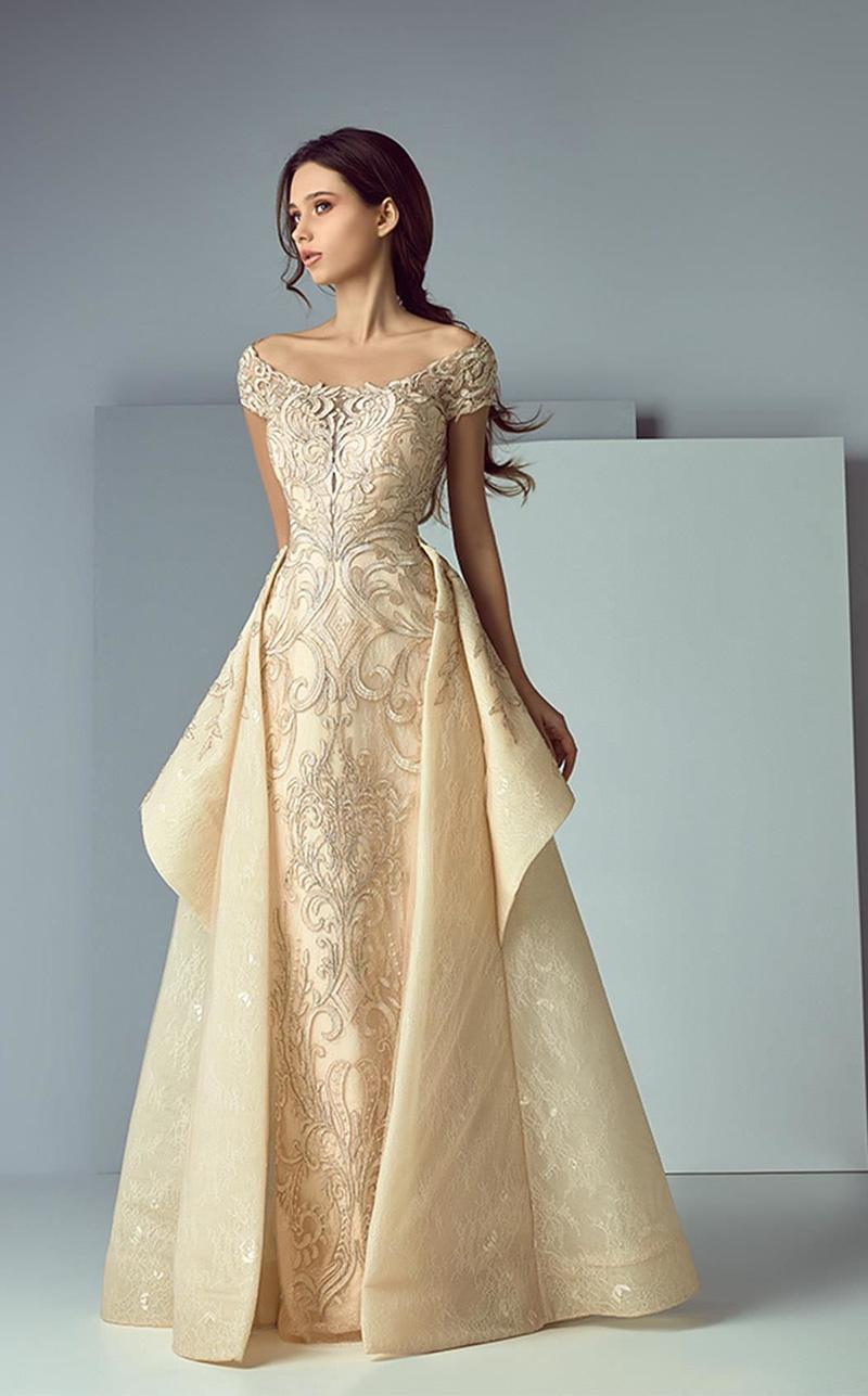 d26634b308 Egyszerűen nem találok szavakat arra, hogy mennyire gyönyörű és elbűvölő ez a  ruha!