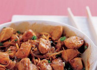 Gyomberes csirkeragu parolt rizzsel - Igazan kiados es egzotikus etel